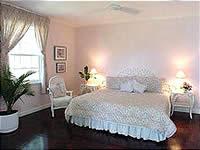 One of six luxurious bedroomsat Pharos Villa